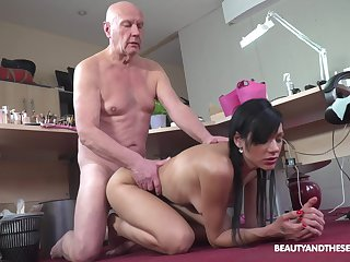 Blowjob, Brunette, Couple, Cowgirl, Doggystyle, Fingering, Handjob, Hardcore, Lick, Old, Young,