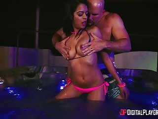 Starved Latina gets the locate with merciless XXX cam action