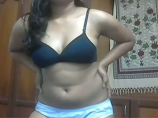 Ardent black pill popper from India stripteases and flashes her boobs
