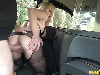 MILF sucks and gets laid with horny cab driver